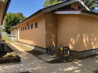 成田ゆめ牧場の管理棟近くのトイレ